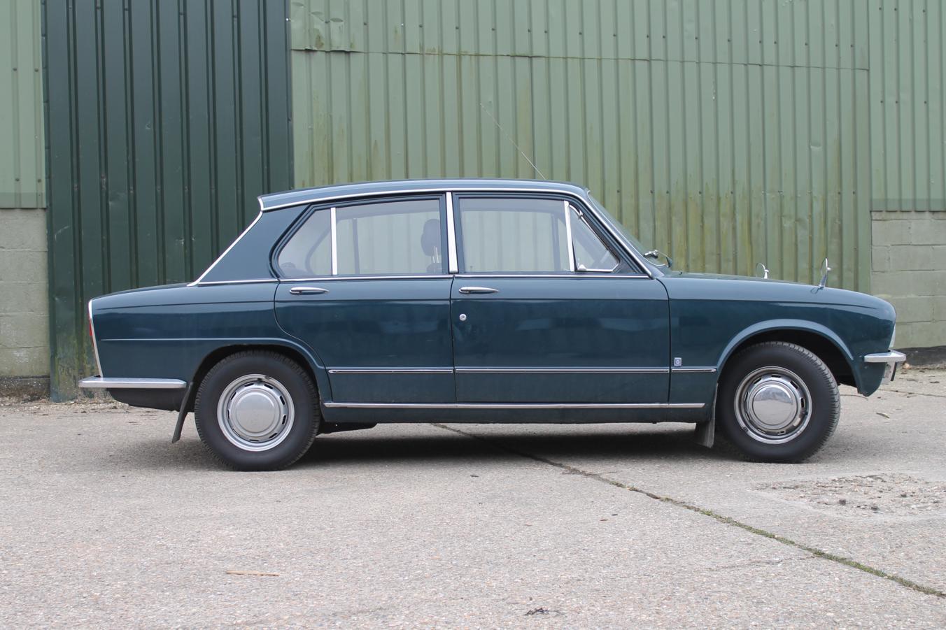 Triumph Toledo 1300 profile