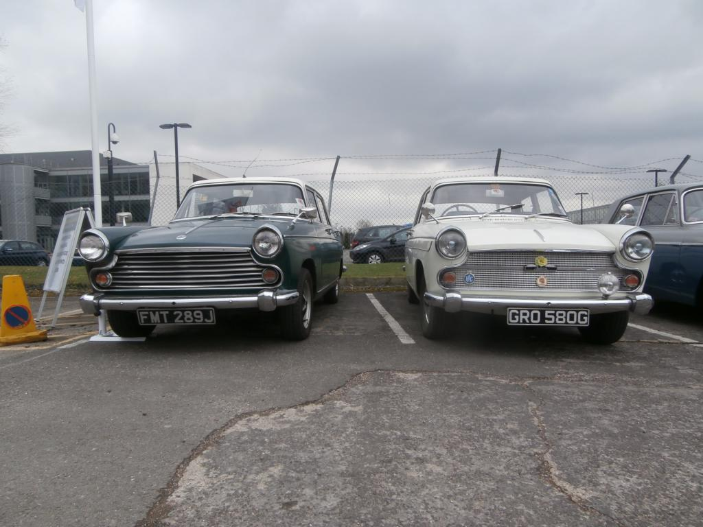 It seems only right on an Austin-Morris day to start off with two identical cars with both brands on the grille
