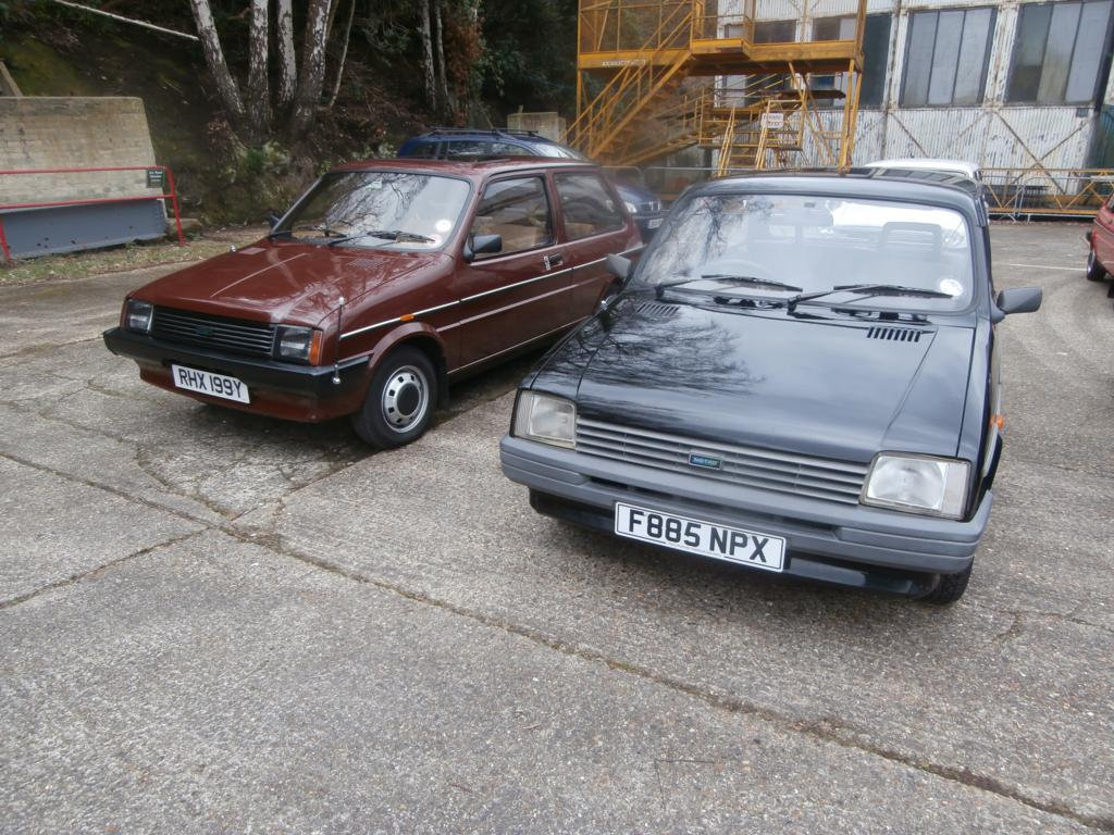 More Metros. Not sure about the branded light grilles on the brown one!