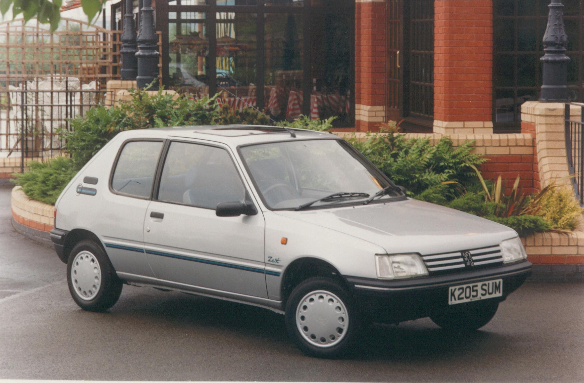 Peugeot 205 Zest | Bal...